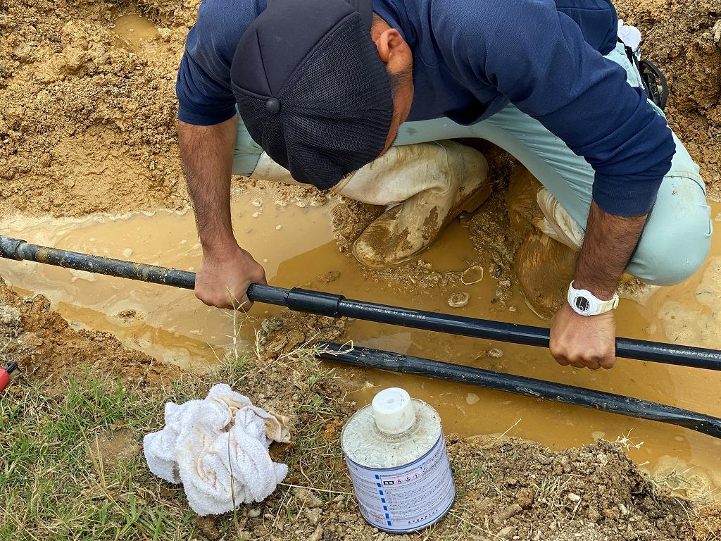 ユンボで水道管を引っ掛けて破裂させてしまった!?